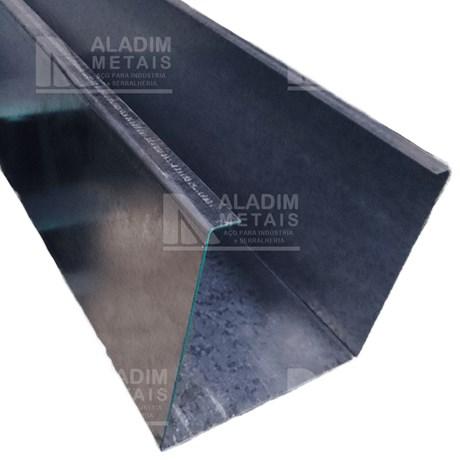 Caixa P/portão Basculante 200 X 200 Galvanizada Escamada 20 (3,0mts)